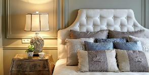 Спальня в квартире с высокими потолками: дизайнер Татьяна Вакуева