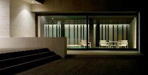 Круглые окна в доме на Николиной горе: дизайнер Павел Абрамов