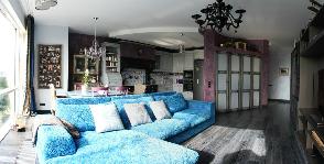 Гостиная в квартире с сюрпризами: дизайнер Алла Аверина