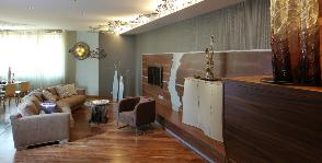 Как декорировать квартиру сталью и стеклом