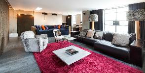 Идеальный дом №13: зимний интерьер с теплыми акцентами
