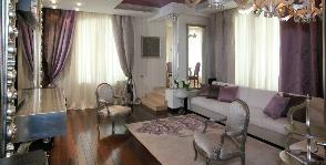 Гостиная в лиловых оттенках: дизайнер Елена Валеева