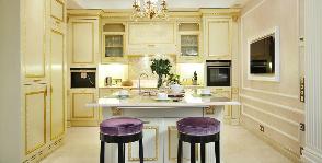 Кухня в классическом стиле: дизайнеры Светлана Дьякова и Дженни Яснец