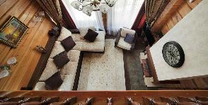 Дом из дерева с роскошным текстильным декором: дизайнер Ирина Шаманова
