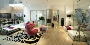 Яркий Contemporary Modern в двусветной гостиной: дизайнер Татьяна Дмитренко