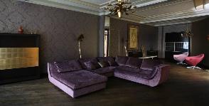 Интерьер узкой гостиной: дизайнер Жюльетта Ситникова