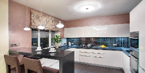 Интерьер квартиры с гостиной-кухней свободной планировки: дизайнер Ольга Кулекина