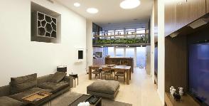 Двухуровневая квартира в современном стиле: дизайнер Вячеслав Сидоренко