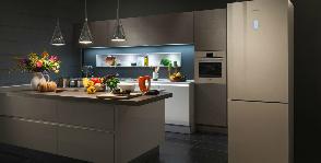 Bosch раскрашивает холодильники