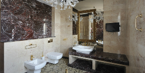 <strong>19</strong> примеров ванных комнат с искусственным камнем в отделке