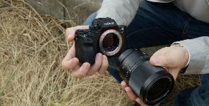 Sony расширяет линейку фотокамер