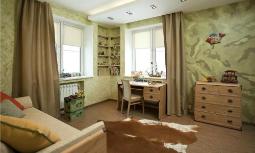 Дизайн детской комнаты с двумя окнами на