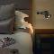 <strong>3</strong> практичных совета: как выбрать бра для спальни