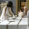 Как сервировать стол к празднику: советы от архитектурной мастерской BeInDesign