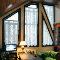 Как подобрать шторы для нестандартных окон