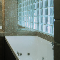 8 советов, как оформить светопроницаемый проем в ванной