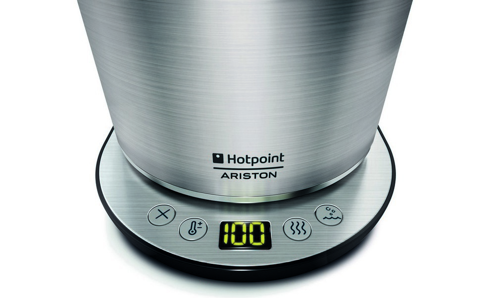 Чайник Hotpoint-Ariston